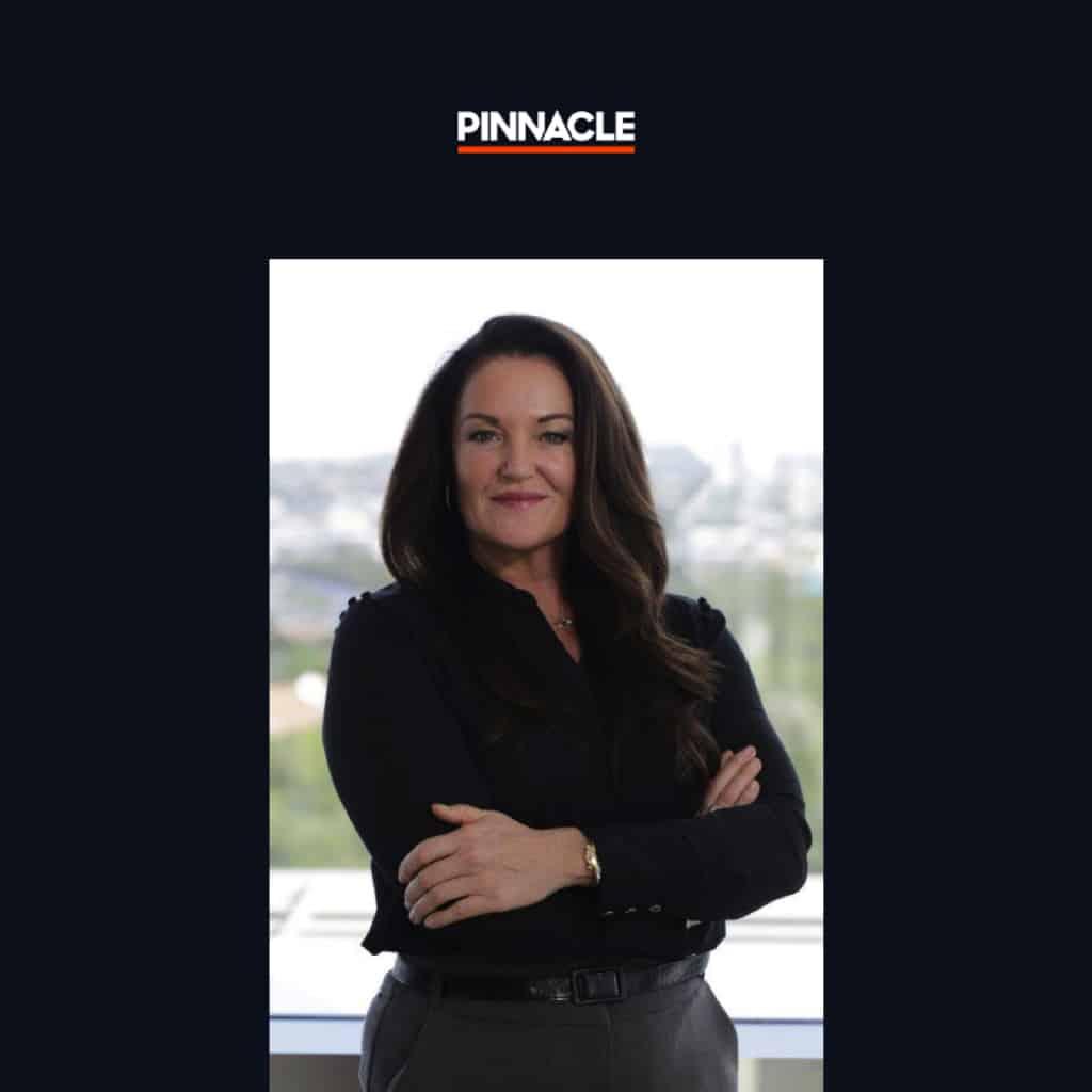 Paris Smith, Pinnacle Sverige